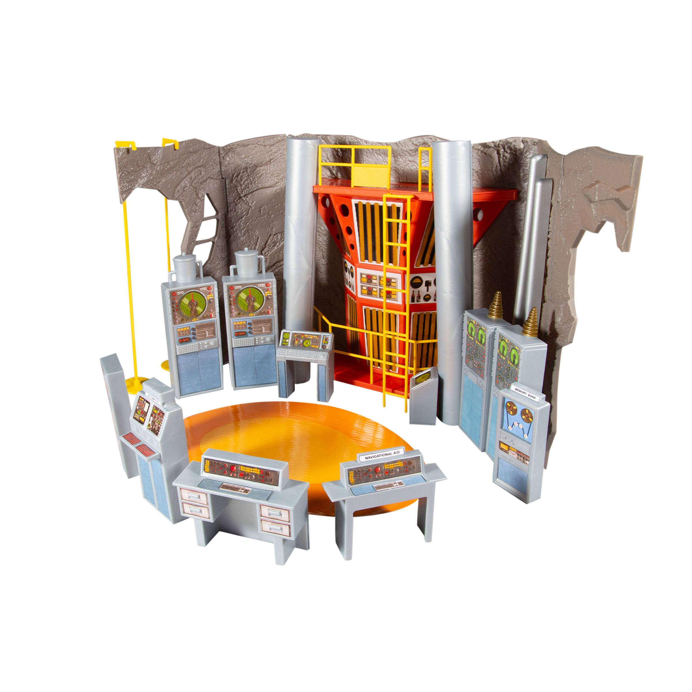 DC Retro Playset Batman 66 Batcave MCF15730 787926157307